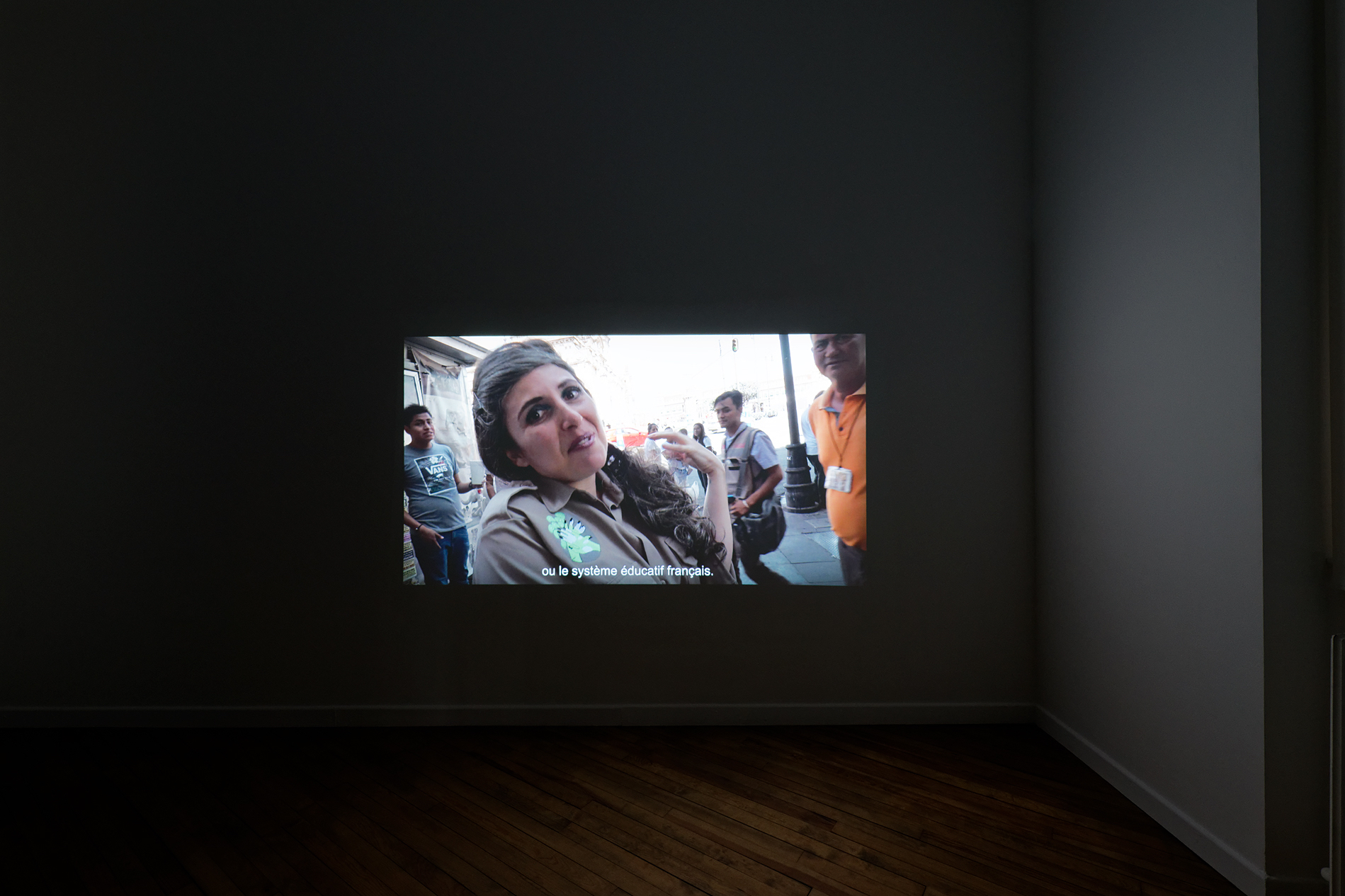"Liv Schulman, A Somatic Play, 2019. Film HD, projection, son stéréo, 31' 15"". Courtesy de l'artiste. Coproduction CRAC Alsace. Vue d'exposition A. Mole."