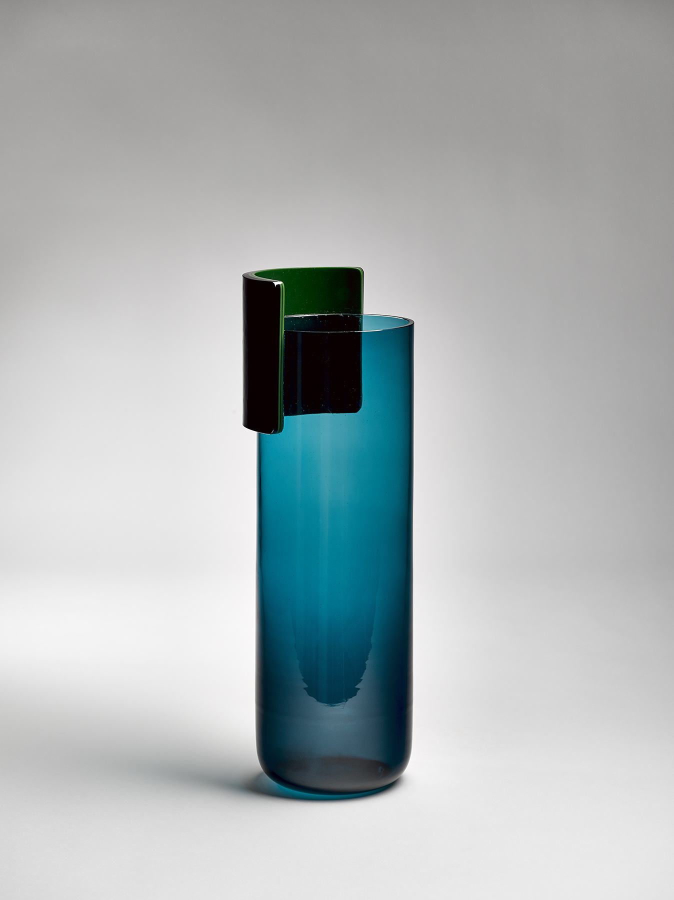 Julie Richoz,Vase Joliette, 2015 Photo : D. Giancatarina Collection Cirva