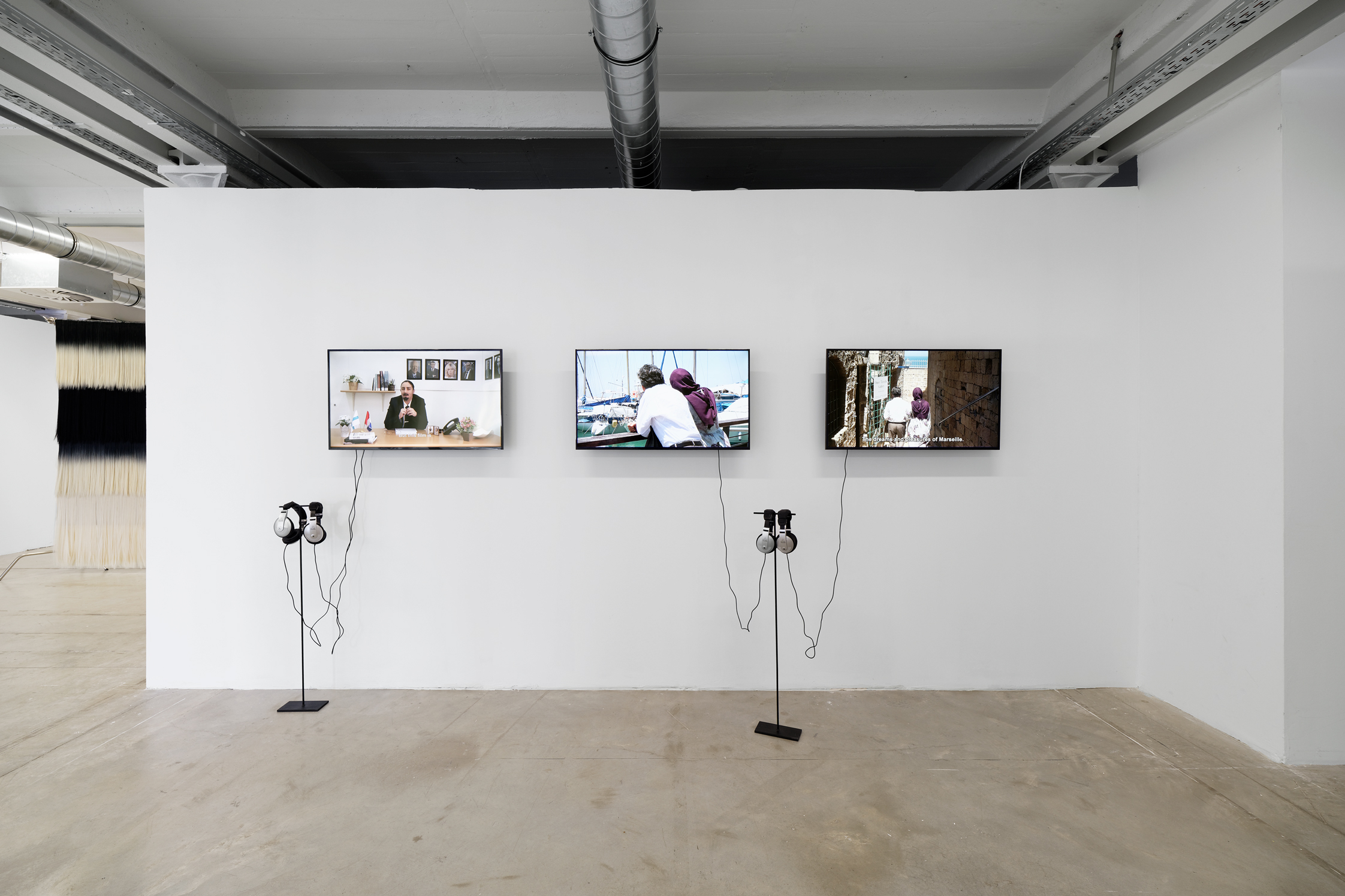 Ruti Sela, Roee Rosen, et les étudiant.e.s du HaMidrasha College of Art, Marseille Jamilla, 2018, vidéos, travail en cours. Courtesy des artistes et des étudiant.e.s. Production : Triangle France - Astérides, The Artis Grant Program et SCIC Friche la Belle de Mai. © Aurélien Mole