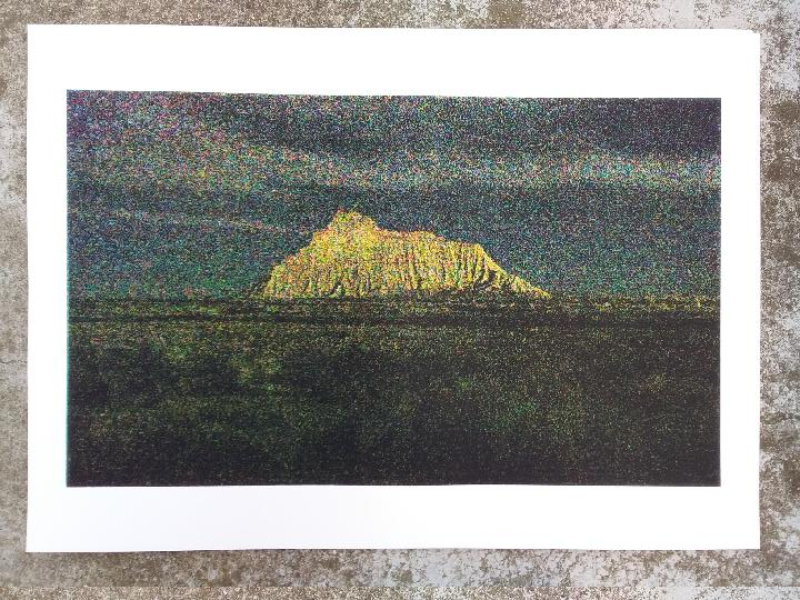 Anne-Charlotte Finel, Military Mountain, 2019, sérigraphie, centre d'art Le Lait